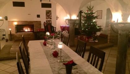 Weihnachtsfeier in einem historischen Hofgebäude mit traumhaften Panoramablick